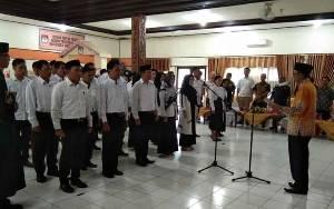 KPU Barito Selatan Lantik 30 Anggota PPK