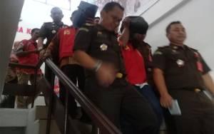 2 Tersangka Kasus Korupsi Transmigrasi Kapuas Resmi Ditahan
