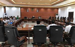Komisi IV DPRD Kapuas Gelar Rapat Dengar Pendapat Bahas Program Guru