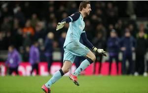 Norwich Usir Tottenham dari Piala FA lewat Adu Penalti