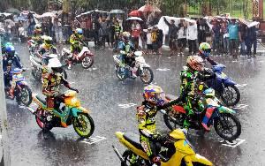 Hujan Deras Sebabkan Final Motor Prix Open Race 2020 di Sampit Tertunda 30 Menit