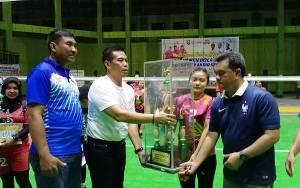 Tim Baamang Putra dan Putri Juara Turnamen Bola Voli Bupati Cup Antarkecamatan