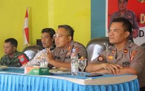 Kapolres Sukamara Tatap Muka Bersama Tokoh Masyarakat Pantai Lunci