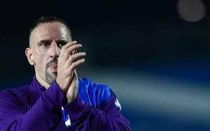 Sepuluh Pemain dan Staf Fiorentina Positif Virus Corona