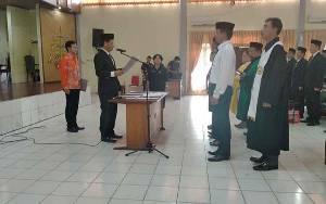 Ketua KPU Gunung Mas Lantik PPS dari 4 Kecamatan