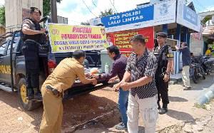 Polres Barito Timur Patroli untuk Berikan Pelayanan Cuci Tangan