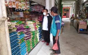 Bupati Seruyan Cek Kebutuhan Pokok di Pasar Kuala Pembuang