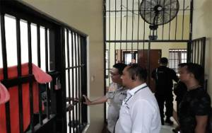 Tangkal Virus Corona, Tahanan Polda Metro Jaya Rajin Berjemur