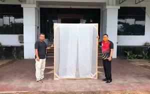 Masuk Gedung DPRD Seruyan Wajib Lewati Bilik Disinpektan