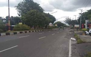 Akibat Wabah Covid-19 Sejumlah Jalan Protokol Kota Palangka Raya Terpantau Sepi