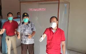 Bupati Seruyan Ujicoba Bilik Sterilisasi Milik Dinas Perikanan