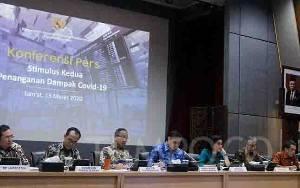 Dibandingkan Malaysia, Stimulus Corona RI Dinilai Kurang Besar