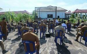 Rapat Penanganan Covid-19 di Seruyan Digelar Sambil Jemuran dan Jaga Jarak
