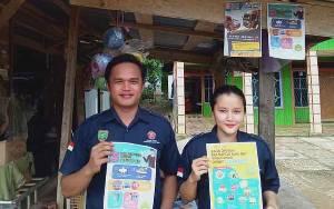Bantu Cegah Covid-19, Karang Taruna Desa Pangkan Semprot Disinfektan dan Bagi Selebaran