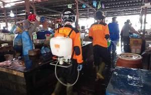 Senkom Mitra Polri Kabupaten Seruyan Ikut Penyemprotan Disinfektan