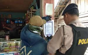 Personel Polsek Pulau Petak Ajak Warga Patuhi Maklumat Kapolri Cegah Virus Corona