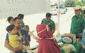 Pantau Pos Covid-19 di Sematu Jaya, Anggota DPRD Kalteng Ini Juga Beri Motolivasi Petugas Jaga
