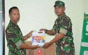 Rumah Sakit TNI AD IV Palangka Raya Terima Material Kesehatan Pencegahan Covid-19