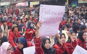 DPR Dinilai Hilangkan Hak Rakyat dalam Membahas RUU Cipta Kerja