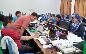 Kepala SMAN 1 Tamiang Layang Minta Dukungan Orangtua Siswa Dalam Ujian Sekolah Sistem Online
