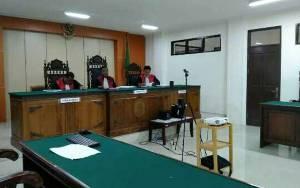Hakim Hingga Aparatur Peradilan Tidak Diperbolehkan Meninggalkan Tempat Kedinasan Selama Masa Covid-19