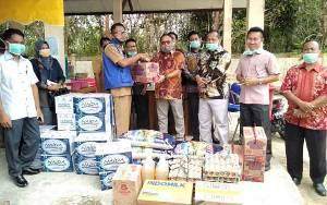 DPRD Sukamara Berikan Bantuan Makanan untuk Warga yang Diisolasi di BPG