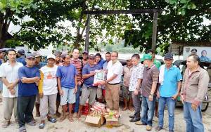 PKB Barito Utara Bagikan 5.000 Paket Sembako kepada Warga Kurang Mampu