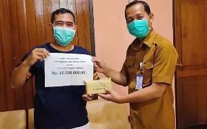 Klub Sarapan Sehat Serahkan Bantuan kepada Dinas Kesehatan Barito Utara