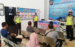 Satlantas Polres Barito Utara Sosialisasikan Pencegahan Covid-19 ke Pemohon SIM