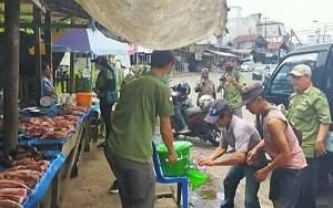Karang Taruna Tamiang Layang Sediakan Tempat Cuci Bagi Penjual Daging