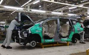 Pandemi Corona, Pemerintah Izinkan Pabrik Otomotif Beroperasi
