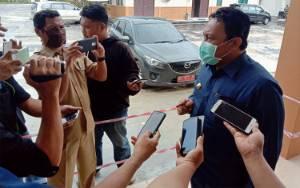 Kebijakan Penanganan Virus Corona Tergantung Instruksi Pemerintah Pusat