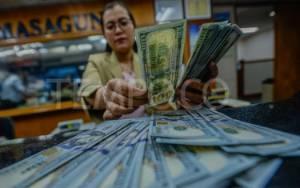 Analisis: Mendung di Atas Dolar yang Babak Belur Setelah Pilpres AS
