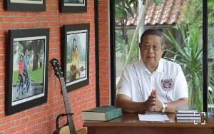 SBY Buat Lagu Cahaya dalam Kegelapan: Badai Corona Pasti Berlalu