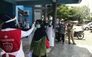 Gugus Tugas Covid-19 Kapuas Periksa Kesehatan Santri Pesantren dari Kalimantan Selatan