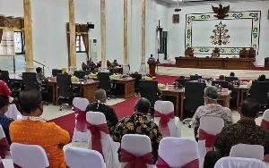 Ketua DPRD Sukamara: Perlu Dukungan bagi Petugas Kesehatan, Keamanan dan Relawan