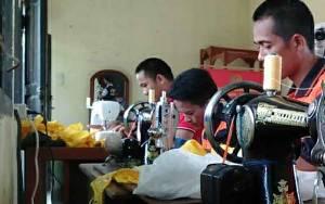 Warga Binaan Rutan Kapuas Mampu Produksi Masker Kain 100 Lembar Perhari