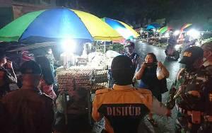 Pedagang dan Pembeli di Pasar Besar Palangka Raya Diimbau Disiplin Gunakan Masker