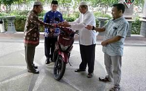 MUI Kecamatan Kapuas Murung Terima Kendaraan Operasional untuk Penunjang Pelayanan