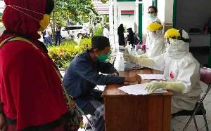 Santri Lamandau Baru Mudik dari Temboro - Magetan Ikuti Rapid Test Hari Ini