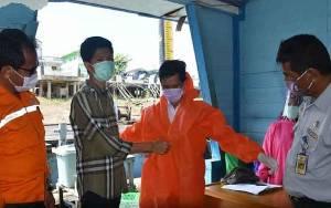 Pembalap Asal Barito Utara Berikan APD hepada Gugus Tugas Covid-19