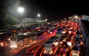 Operator Penyeberangan Andalkan Layanan Kendaraan Logistik