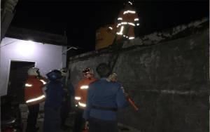Sebuah Rumah di Wengga Metropolitan Nyaris Terbakar