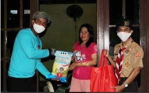 Pramuka Kalteng Peduli Warga Terdampak Covid-19, Berikan Bantuan Sembako