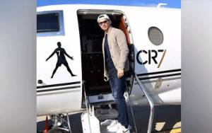 Cristiano Ronaldo Rajai Pendapatan di Instagram