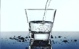 Cegah Dehidrasi, Begini Cara Memenuhi Kebutuhan Air saat Puasa