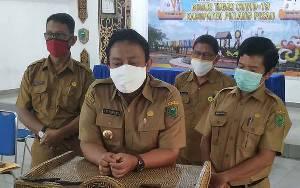 Bupati dan Ketua DPRD Pulang Pisau Siap Jalani Vaksinasi Covid-19