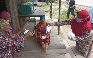 Rombongan Keluarga Besar H Sugianto Sabran dan H Agustiar Sabran Menyusuri Berbagai Desa di Kecamatan Hanau