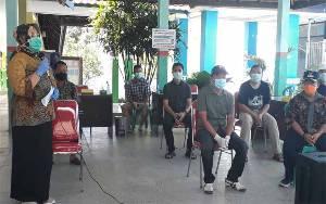 Bupati Kobar Lepas Kepulangan 7 Pasien Sembuh dari Covid-19