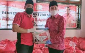 Bantuan Sembako H. Sugianto Sabran dan H. Agusrtiar Sabran Diberikan Kepada Warga Membutuhkan